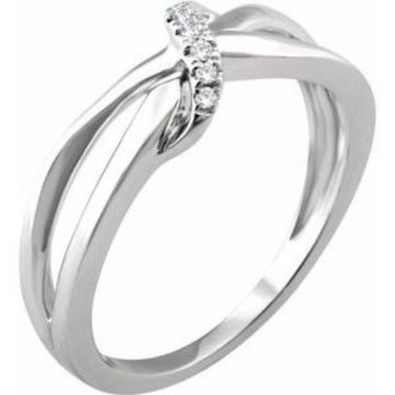 14K White .05 CTW Diamond Negative Space Ring